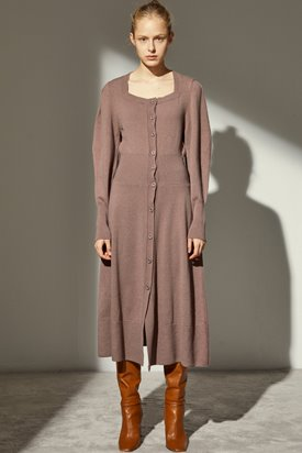 SQUARE NECK CASHMERE DRESS_DARK ROSE